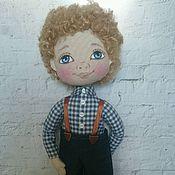 Куклы и игрушки ручной работы. Ярмарка Мастеров - ручная работа Интерьерная текстильная кукла мальчик Кирюша. Handmade.