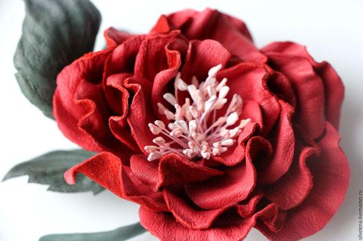 Броши ручной работы. Ярмарка Мастеров - ручная работа. Купить Брошь цветок из кожи Коралловая роза. Кожаные цветы. Handmade.