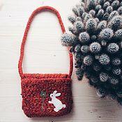 Работы для детей, ручной работы. Ярмарка Мастеров - ручная работа Вязаная сумочка с кроликом. Handmade.