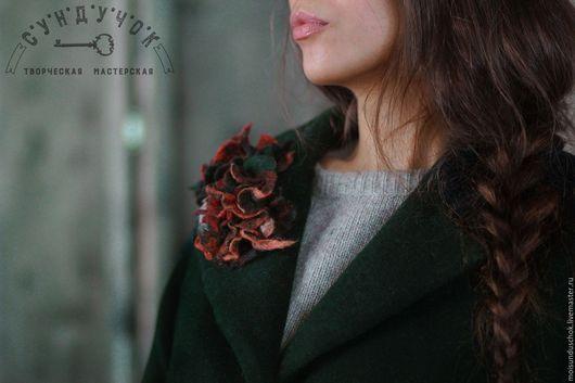 """Верхняя одежда ручной работы. Ярмарка Мастеров - ручная работа. Купить Пальто """"Тёмный бархат сосны"""". Handmade. Тёмно-зелёный"""