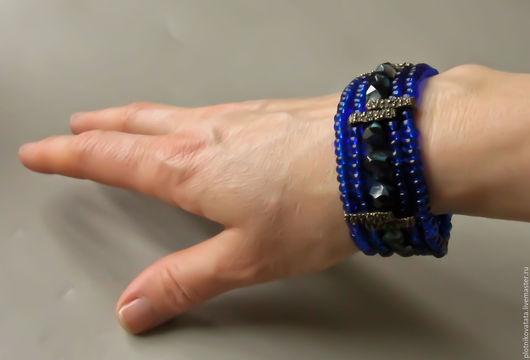 """Браслеты ручной работы. Ярмарка Мастеров - ручная работа. Купить """"Синие сумерки"""" браслет. Handmade. Синий, украшения из бисера"""