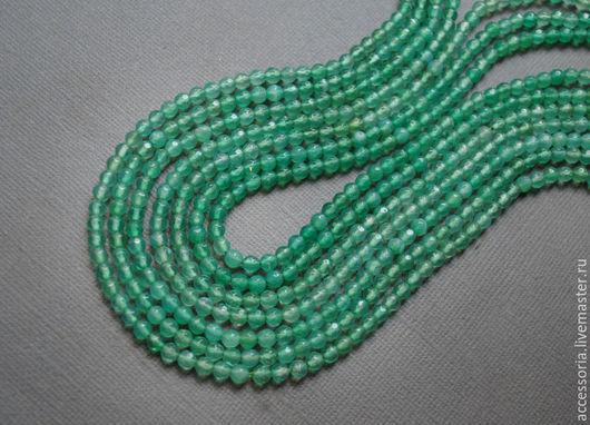 Агат бусины огранка 4 мм, зеленый. Нить.