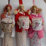 Куклы и игрушки ручной работы. Ярмарка Мастеров - ручная работа Хранительница ватных дисков и палочек. Handmade.