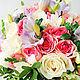 Нежный букет невесты из сиреневых и белых фрезий