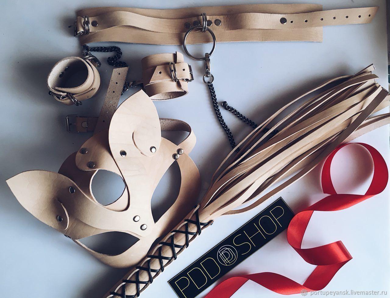 Девушек новосибирск наручники для игр купить крупным планом