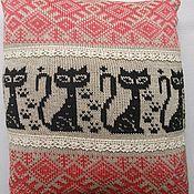Русский стиль ручной работы. Ярмарка Мастеров - ручная работа Подушка с домашней кошечкой. Handmade.