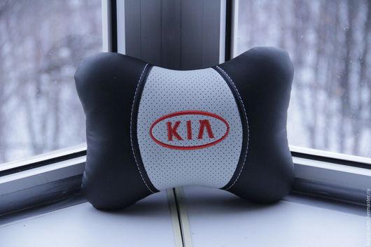 Автомобильные ручной работы. Ярмарка Мастеров - ручная работа. Купить Kia.Ортопедическая подушка из Эко кожи. Handmade. Черный
