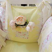Работы для детей, ручной работы. Ярмарка Мастеров - ручная работа Бортики, простынь, подушка в кроватку для новорожденного. Handmade.