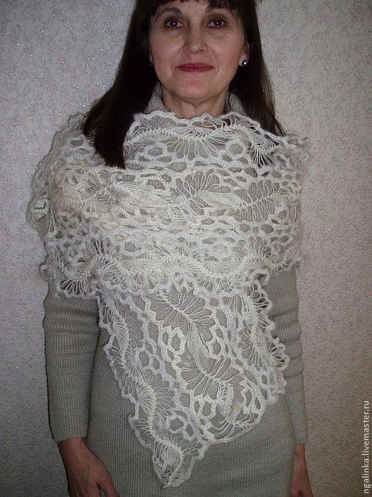 Шарфы и шарфики ручной работы. Ярмарка Мастеров - ручная работа. Купить шарф из ангоры Снежинка. Handmade. Белый, шарф
