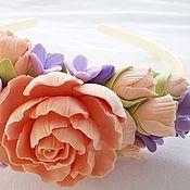 Украшения ручной работы. Ярмарка Мастеров - ручная работа Ободок с цветами из полимерной глины Пионы и сирень. Handmade.