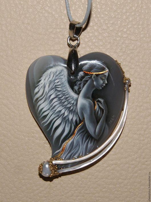 """Кулоны, подвески ручной работы. Ярмарка Мастеров - ручная работа. Купить кулон """"Сердце Ангела"""".. Handmade. Серый, перламутр натуральный"""