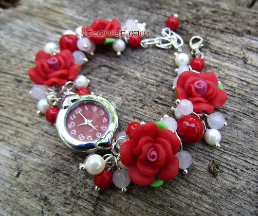 """Часы ручной работы. Ярмарка Мастеров - ручная работа. Купить """"Красные розы"""" наручные часы. Handmade. Часы, часы-браслет"""