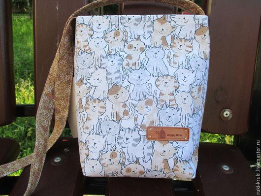Женские сумки ручной работы. Ярмарка Мастеров - ручная работа. Купить Сумка с котиками через плечо. Handmade. Бежевый