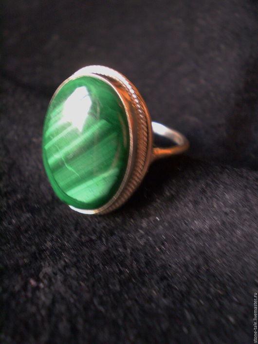 """Кольца ручной работы. Ярмарка Мастеров - ручная работа. Купить Кольцо """"Зелёное"""". Handmade. Тёмно-зелёный, кольцо с малахитом, зеленый"""