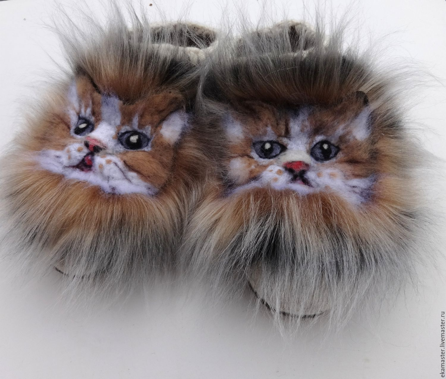 Cat felted Slippers 'As at our cat the fur coat is very good!', Slippers, Ekaterinburg,  Фото №1