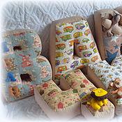 Аксессуары для фотосессии ручной работы. Ярмарка Мастеров - ручная работа Буквы-подушки для Ванечки. Handmade.