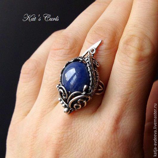 Кольца ручной работы. Ярмарка Мастеров - ручная работа. Купить Серебряное кольцо с сапфиром. Handmade. Тёмно-синий, wire wrap
