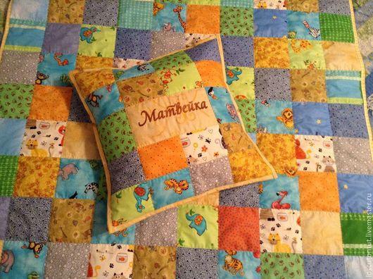 """Пледы и одеяла ручной работы. Ярмарка Мастеров - ручная работа. Купить Детский лоскутный комплект """"Яркий мир"""". Handmade. Разноцветный"""