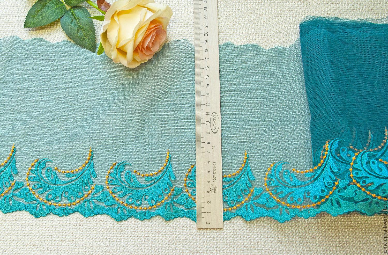 Вышивка кружев по сетке