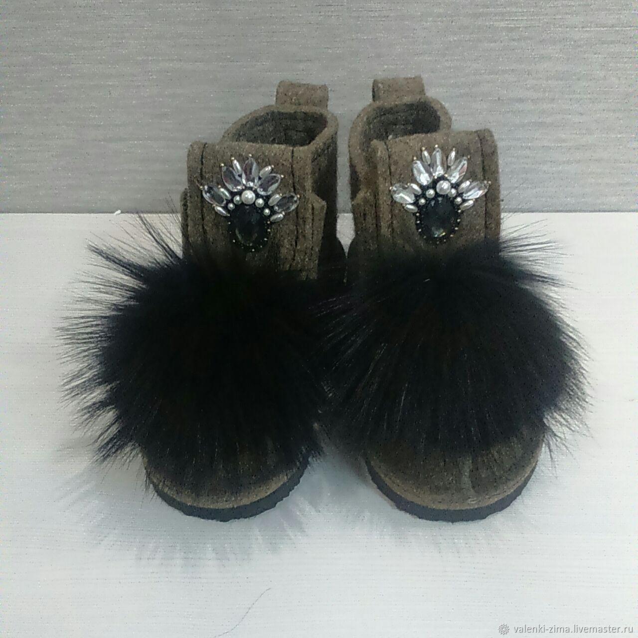 Обувь ручной работы. Ярмарка Мастеров - ручная работа. Купить Валенки ZIMA. Handmade. Бежевый, валенки, угги, валенки с вышивкой
