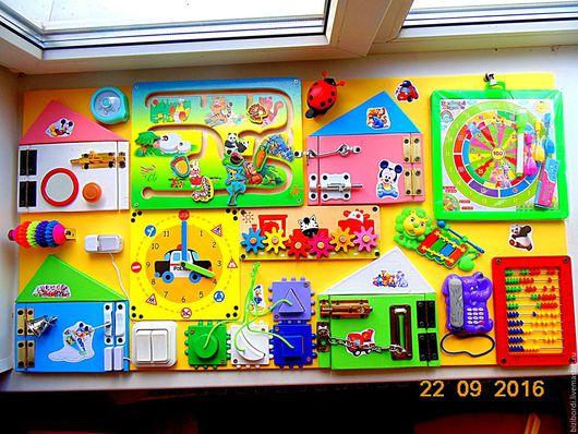 Развивающие игрушки ручной работы. Ярмарка Мастеров - ручная работа. Купить Бизиборд макси от Георгия. Handmade. Желтый, Монтессори, подарок