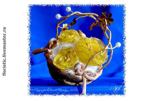 Интерьерные композиции ручной работы. Ярмарка Мастеров - ручная работа. Купить Интерьерная композиция. Золотистая корзинка с желтыми розами.. Handmade.
