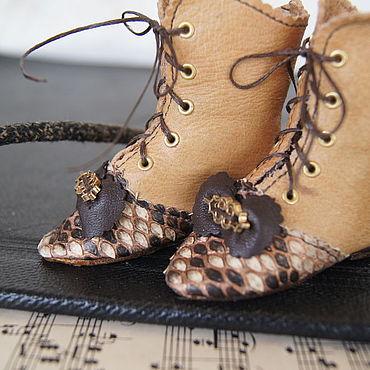"""Куклы и игрушки ручной работы. Ярмарка Мастеров - ручная работа Обувь для Антикварной куклы """"Golden python"""". Handmade."""