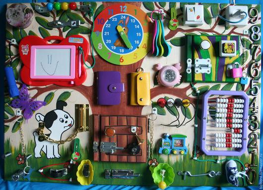 """Развивающие игрушки ручной работы. Ярмарка Мастеров - ручная работа. Купить Развивающая доска (бизиборд) для детей """"Шарик и его друзья"""". Handmade."""