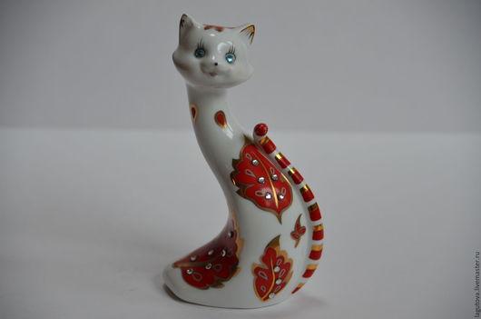 Винтажные предметы интерьера. Ярмарка Мастеров - ручная работа. Купить Фарфоровая статуэтка кошка со стразами винтаж 90-е. Handmade.