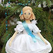 Куклы и игрушки ручной работы. Ярмарка Мастеров - ручная работа Арин - текстильная кукла на елку. Handmade.