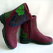 handmade. Livemaster - original item Ankle boots whole-felted Grapes on the lock. Handmade.