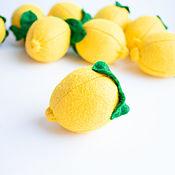 Кукольная еда ручной работы. Ярмарка Мастеров - ручная работа Лимон из фетра большой фрукты из фетра. Handmade.