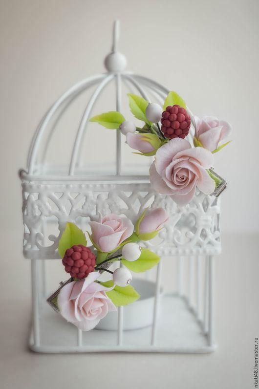Заколки ручной работы. Ярмарка Мастеров - ручная работа. Купить Зажим с ягодами и розами. Handmade. Бежевый, зажим с цветком