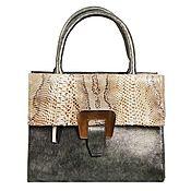 Сумки и аксессуары handmade. Livemaster - original item Classic bag made of genuine green leather and leather. Handmade.