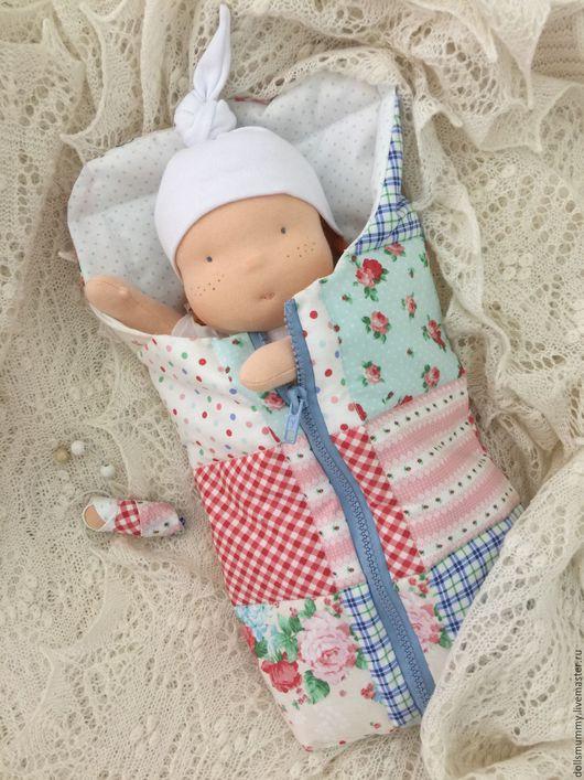 Вальдорфская игрушка ручной работы. Ярмарка Мастеров - ручная работа. Купить Кукла в конверте с комплектом одежды. Handmade. Разноцветный, трикотаж