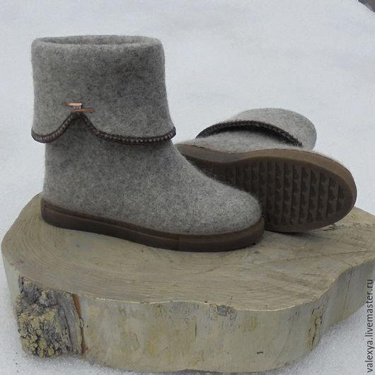 Обувь ручной работы. Ярмарка Мастеров - ручная работа. Купить Женские валяные сапожки. Handmade. Серый, обувь из войлока, пряжа