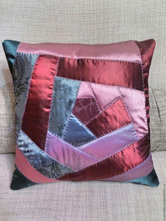 Текстиль, ковры ручной работы. Ярмарка Мастеров - ручная работа. Купить Лоскутная подушка Роза. Handmade. Комбинированный, подушка на диван