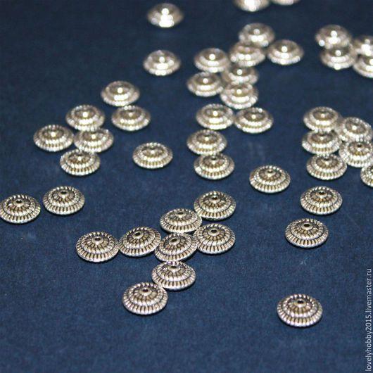 Фурнитура, плоские разделители из металла.