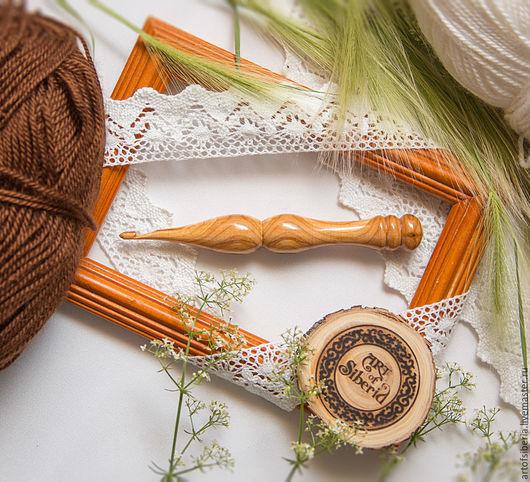 Вязание ручной работы. Ярмарка Мастеров - ручная работа. Купить Крючок для вязания 4мм Натуральное дерево Вишня деревянный крючок #K23. Handmade.