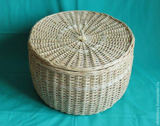 Круглая плетеная коробка   с крышкой из ивы для хранения овощей. Диаметр 40 см, высота 25 см. Объем 30 л.