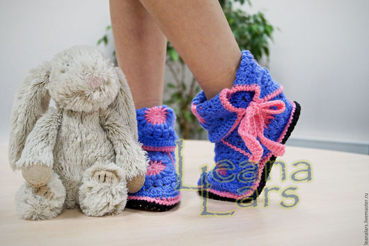 Обувь ручной работы. Ярмарка Мастеров - ручная работа. Купить Вязанные тапочки полусапожки для девочки. Handmade. Домашняя обувь