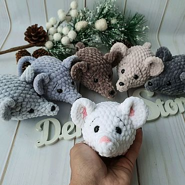 Souvenirs and gifts handmade. Livemaster - original item Mouse (rat) as a gift for the New Year. Handmade.