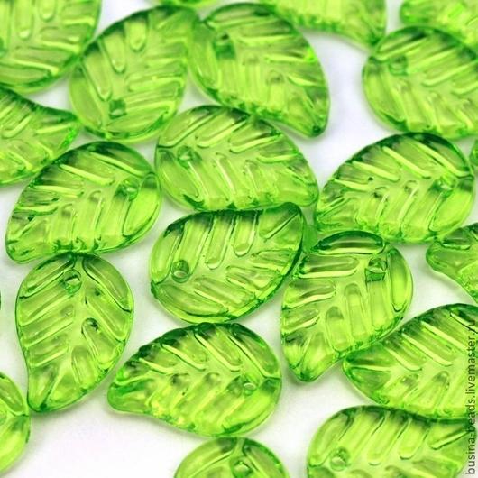 Бусины подвески акриловые прозрачные в форме листа дерева  для использования в сборке украшений в качестве бусин или подвесок Цвет бусин салатовый