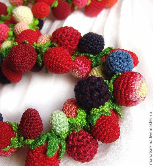 """Колье, бусы ручной работы. Ярмарка Мастеров - ручная работа. Купить Колье """"Ягодное"""" из мелких ягод. Handmade. Ягоды, малина"""