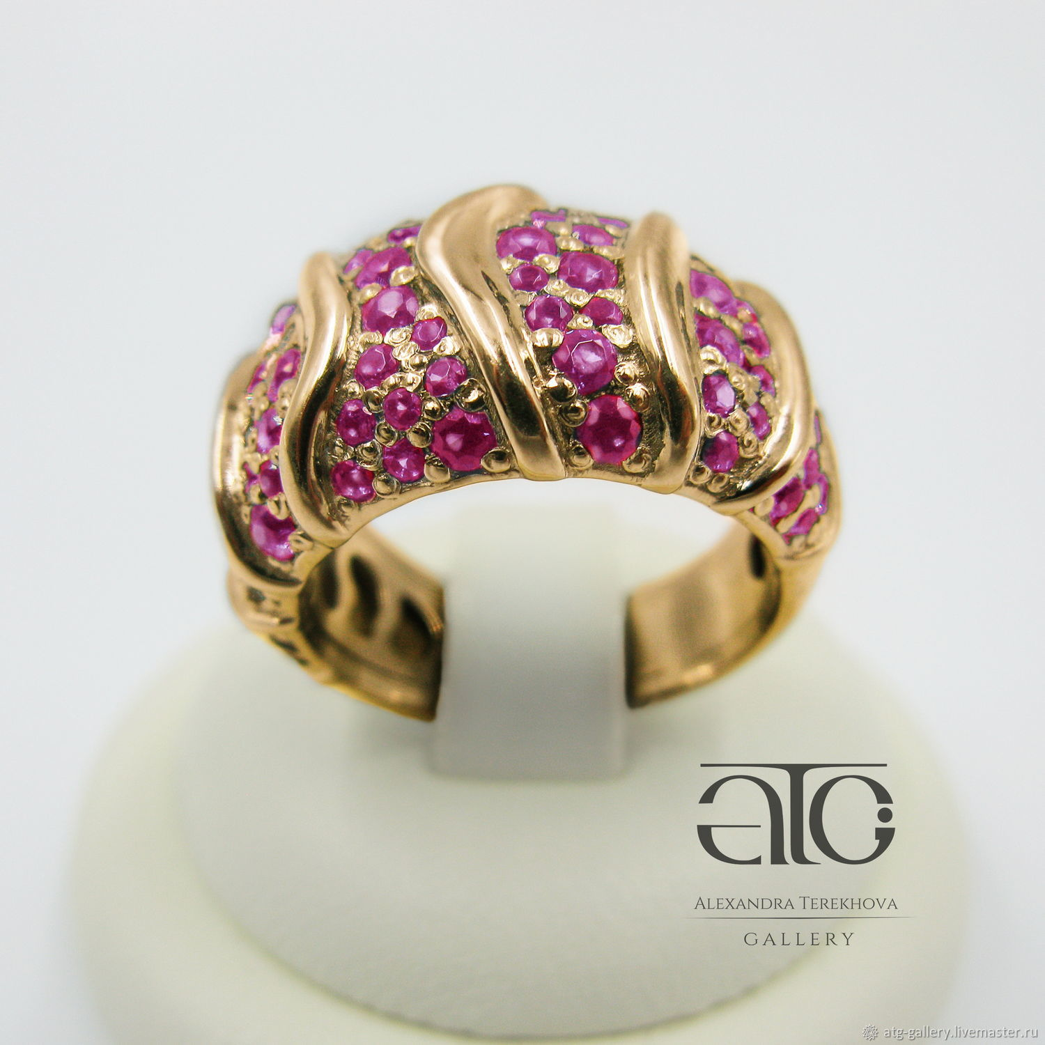 Made to order. Luxurious ring with natural rubies!