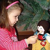 Куклы и игрушки ручной работы. Ярмарка Мастеров - ручная работа Вязаная кукла из шерсти Золушка-падчерица. Handmade.