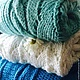 Вязаный мятный шерстяной свитер с косами ручной работы `Ice` от Sviteroff