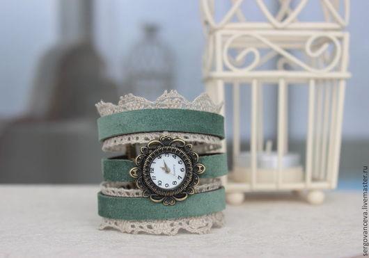 """Часы ручной работы. Ярмарка Мастеров - ручная работа. Купить Часы """"Ажур 2"""". Handmade. Морская волна, льняное кружево"""