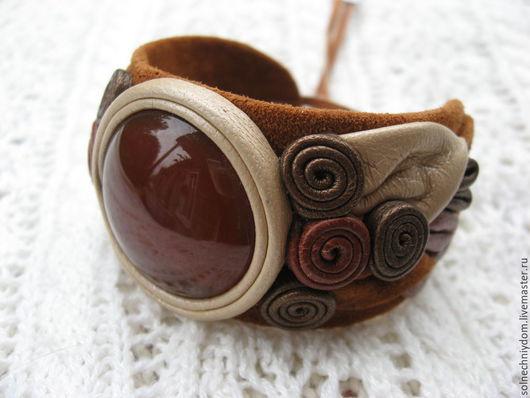 """Браслеты ручной работы. Ярмарка Мастеров - ручная работа. Купить Браслет из кожи """"Крем-брюле"""" с сердоликом, женский браслет. Handmade."""
