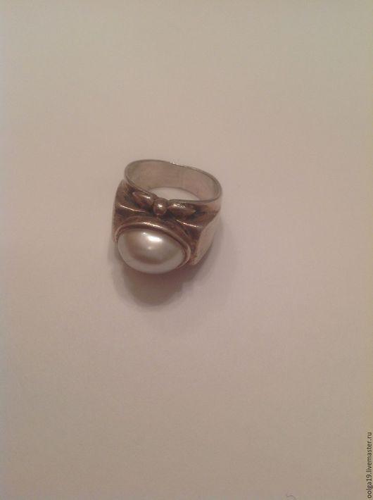 Кольца ручной работы. Ярмарка Мастеров - ручная работа. Купить Кольцо с крупным белым жемчугом из стерлингового серебра 925 пробы. Handmade.